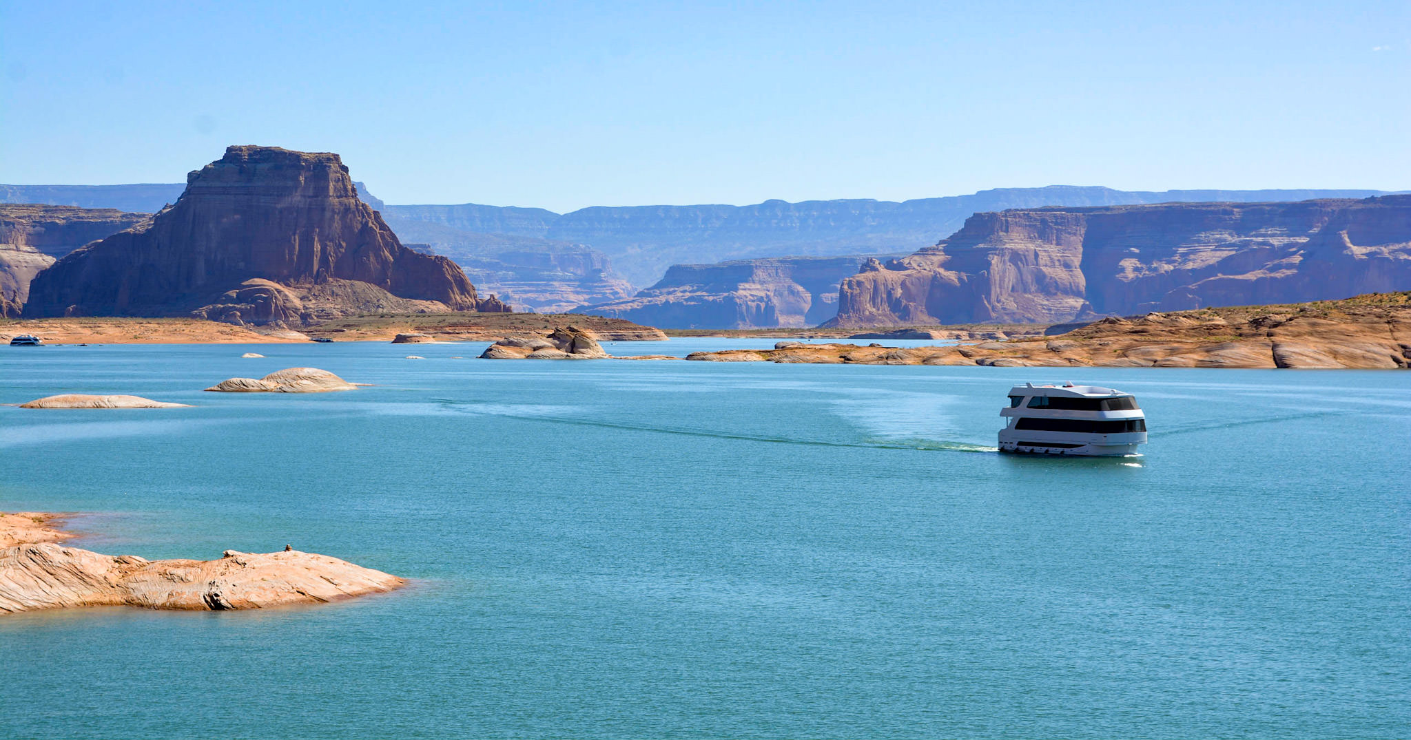 Your Own Floating Hotel on Lake Powell