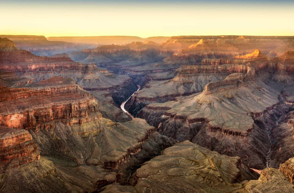 f3Y7tTnw-grand-canyon-excursionist
